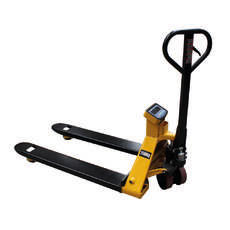 Pallet Jack with Scales - 685mm wide